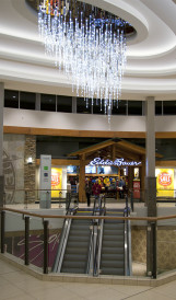 C1147- Chinook Mall - LED video-driven chandelier_Gabriel McKinnon 2
