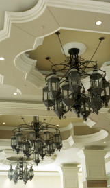 C907 - Harrah's Hotel hotel gas lit chandelier; Design by Marnell Corrao & Associates